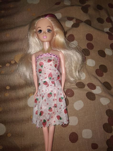 How to Remove Mold from a Barbie Doll: 6 Steps (with Pictures)