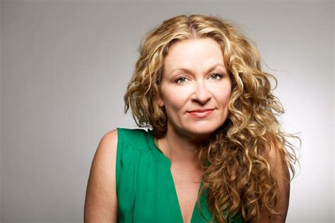 Sarah Colonna   Book this Comedian   The Comedy Zone Worldwide